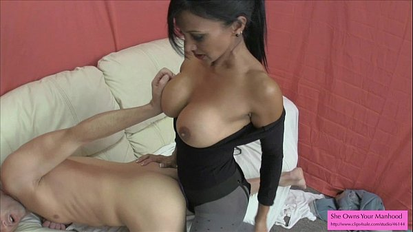 Brunette anal young outdoor