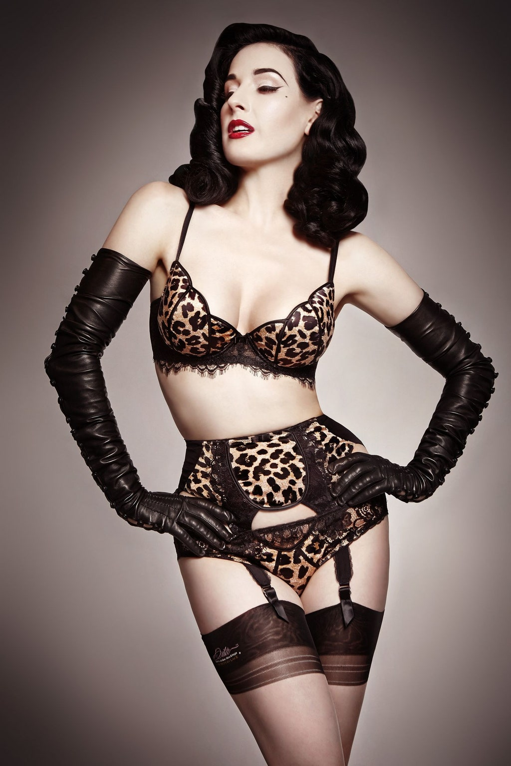 sweet Interracial lingerie glamour