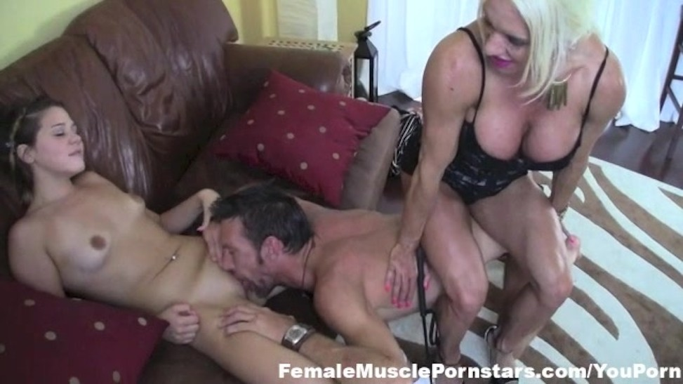 Gary recommends Shemale lingerie doggystyle bending