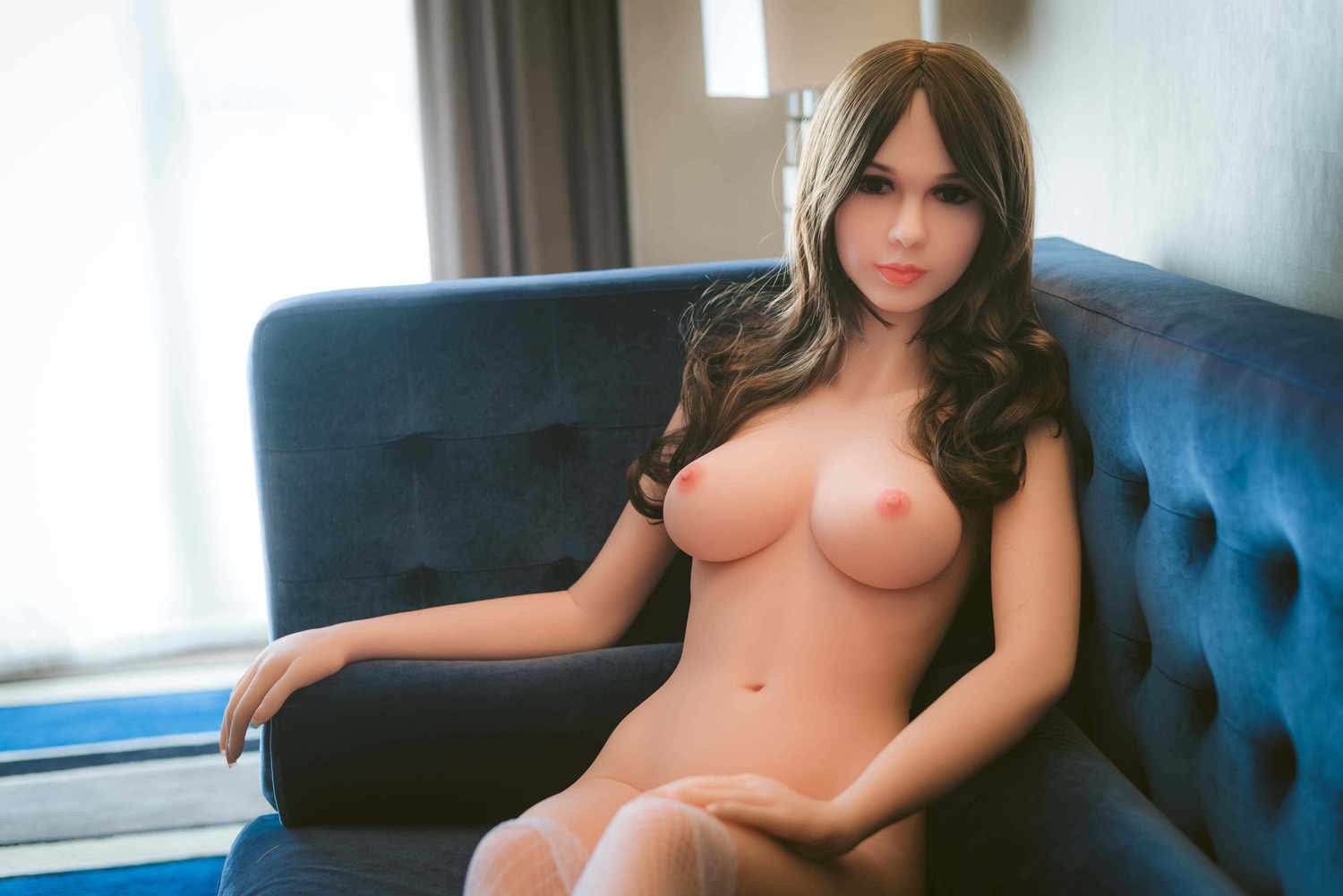 Sidell recommends Milf beauty cheating virgin