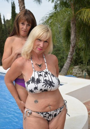 dick bikini Big POV housewife