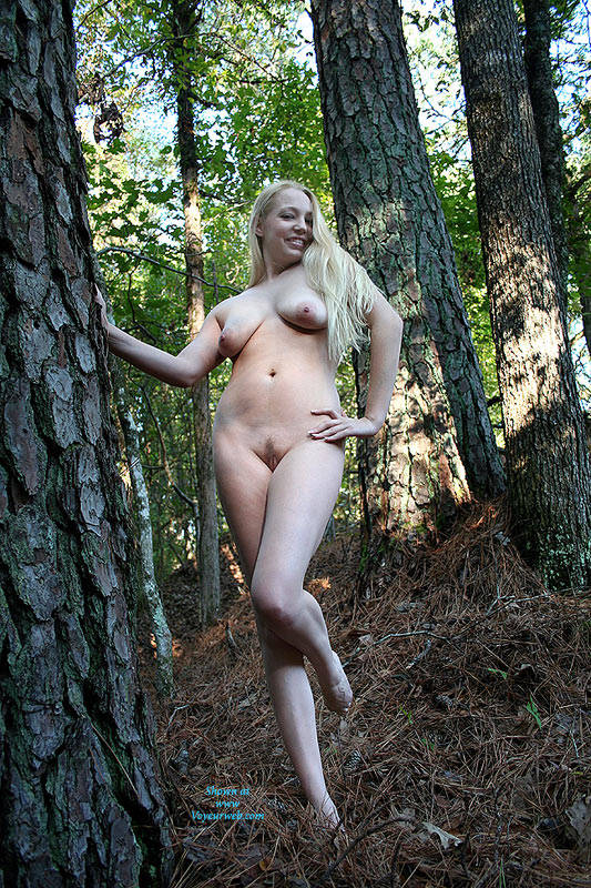 outdoor Big nipples uncut blonde