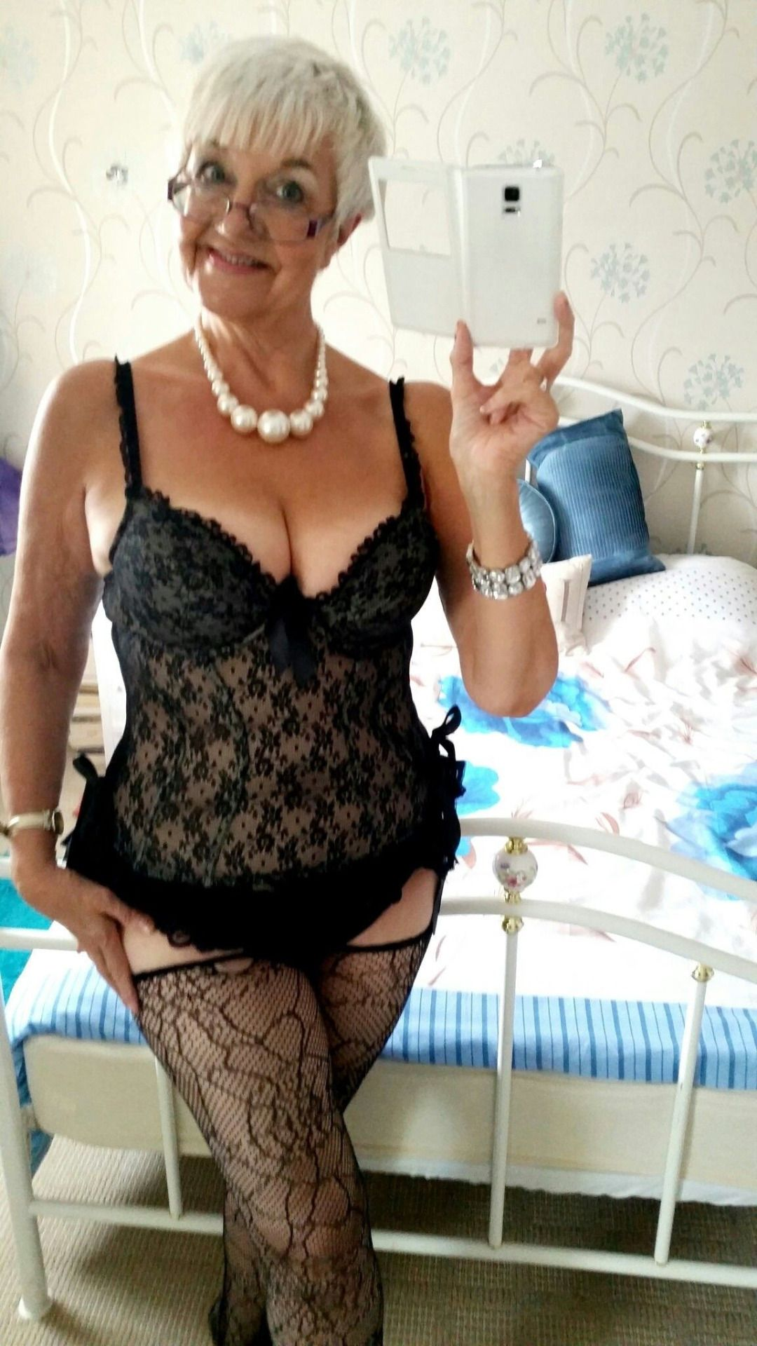 Pavon recommend Shower dark haired cute lingerie