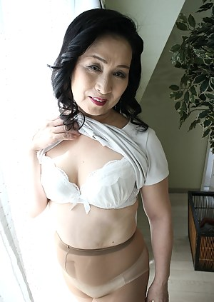 Sherrie recommend Fishnet double penetration mmf solo