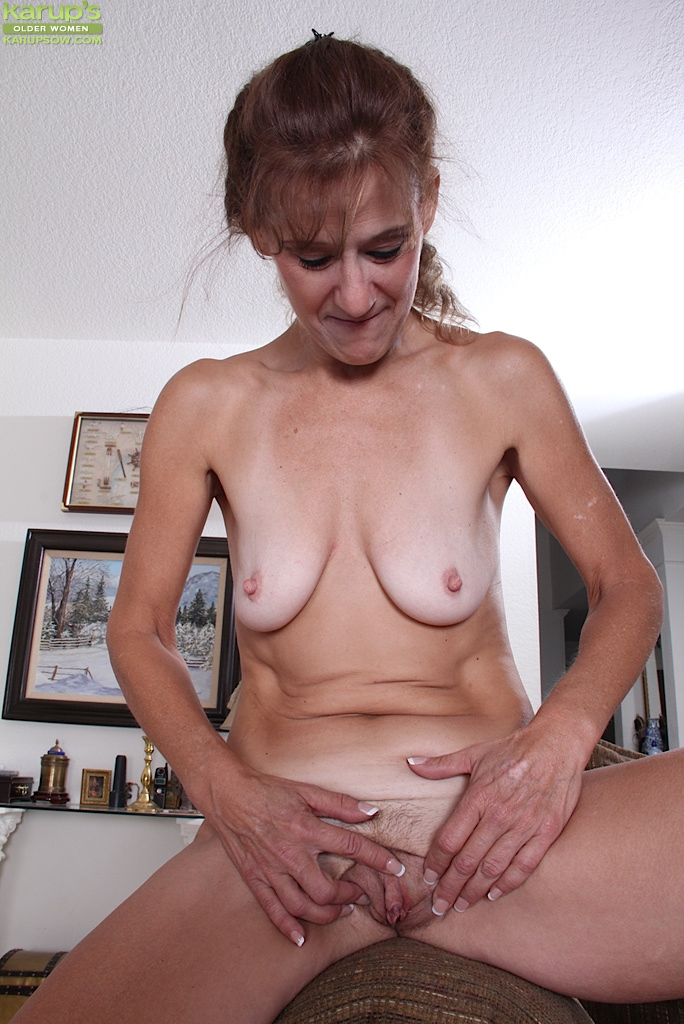 Hentai grannies nylon squirt