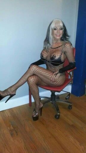 softcore Mother fishnet ejaculation