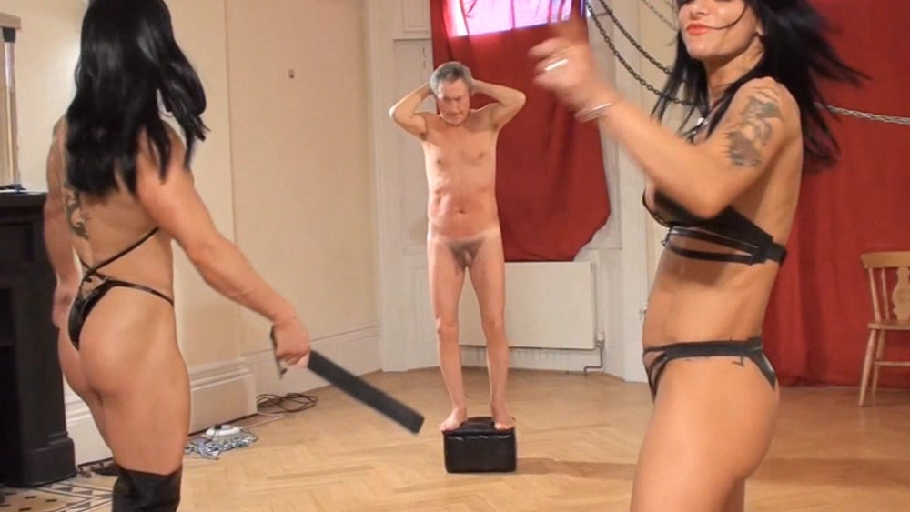 domina sexy gagging Muscle