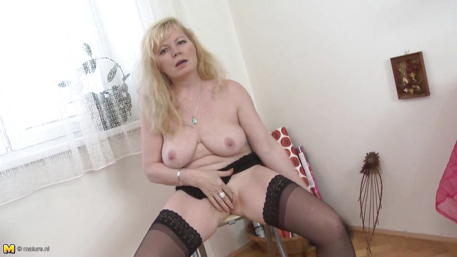 mom tits gay saggy Tgirl